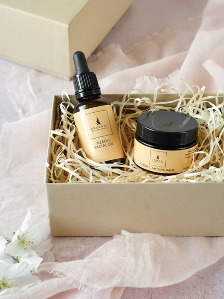 Picture of Neroli Cleansing Balm and Facial Oil Gift Set.