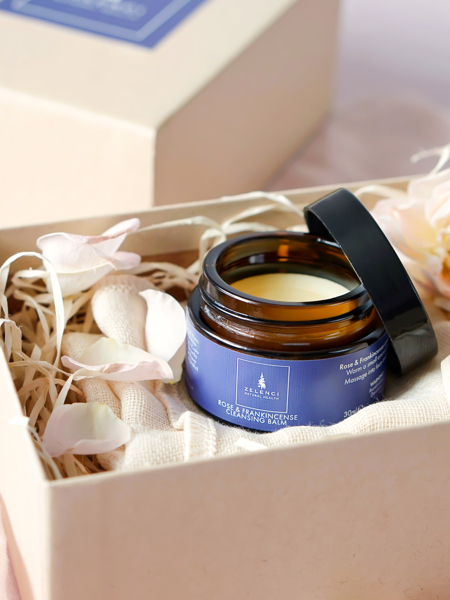 Picture of Rose and Frankincense Cleansing Balm and Muslin cloth Gift set.