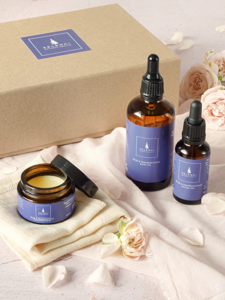 Picture of Rose and Frankincense Deluxe Gift set.